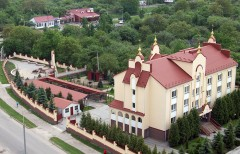 Монастир ЧБМ в Тернополі