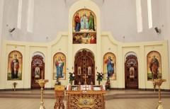 Іконостас храму св. Петра