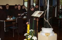 Кожне засідання Капітули починалось запаленням свічки