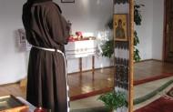 Мати Неустанної Помочі - бережи усе монашество в своїй опіці.