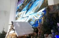 Вертеп дуже любить дітвора, колись на саме Різдво Христове було хрещення і новоохрещену дитинку священик поклав у ясла, немов би маленького Ісуса. Вид був чудовий. Думаю кожний християнин має себе побачити в маленькому Ісусові...