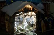 Під час різдвяного посту наші маленькі парафіяни власноруч робили вертепики, ось один зних.