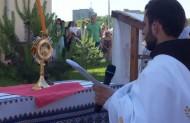 Хліб переісточений, що його ангели й архангели зі стахом вихваляють, нині на престолі святково вшановується ...